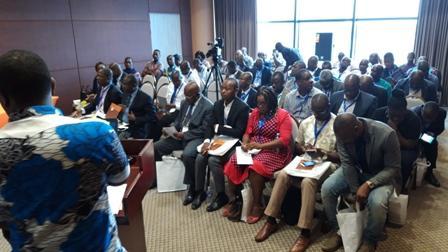 Conférence le 27 juin 2019 avec le Laboratoire Enval à Abidjan
